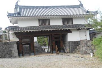 Shorishi castle, main gate
