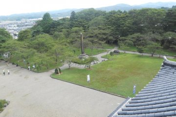 View of the courtyard from the 3rd floor of Shiroishi Castle