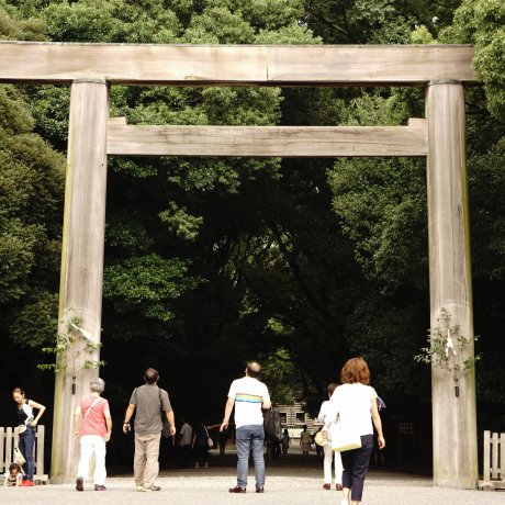 Perbedaan Kuil Budha & Kuil Shinto