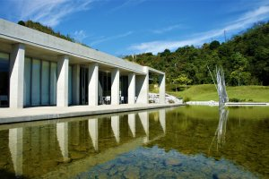 Water, sunshine and sky - Benesse House makes the most of these three elements