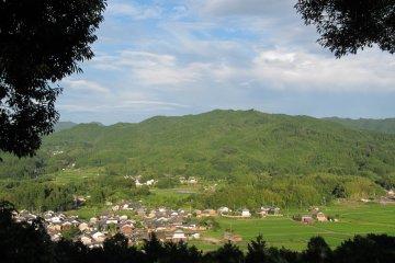 <p>Looking east over Asuka Village from Amekashigaoka &nbsp;</p>