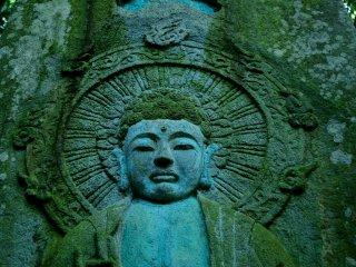 Buda esculpido na pedra