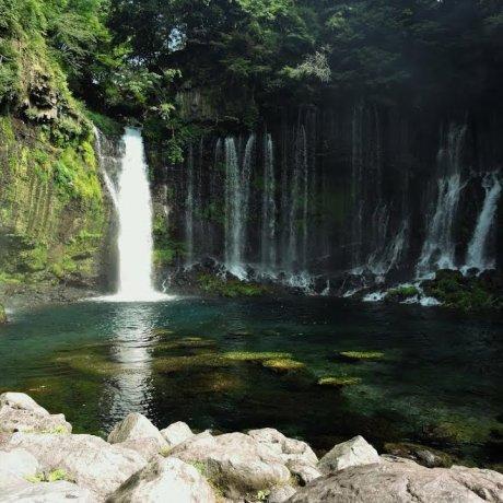 น้ำตกสวยๆ ในฟูจิโนะมิยะ (Fujinomiya)