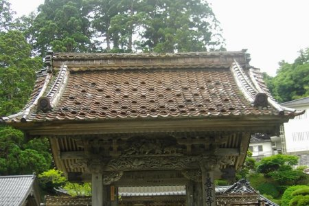 Đền Zenpo ở Tsuruoka