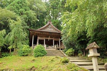 <p>Kinpu Shrine&#39;s Main Building</p>