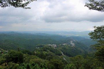 <p>The view to the north from Hanayagura</p>