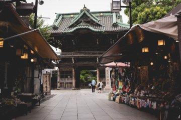 <p>View of Shibamata Taishakuten Temple from the Sando</p>