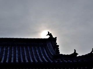 Telhado de uma torre sineira (templo nº 15)