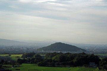 Amakashino-oka Hill