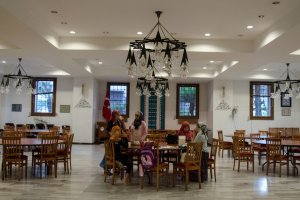 Masjid, Juga Sebagai Tempat Bertukar Ilmu