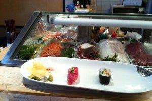 寿司カウンター (鰹 & ひもきゅう)