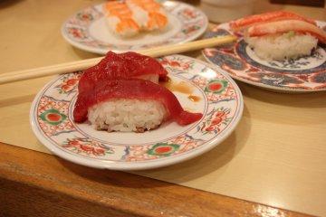 <p>Суши с тунцом</p>