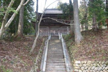 Riding out to Ankoku-ji
