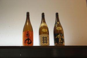 Бутылки в качестве украшения