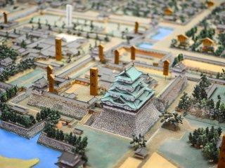 俯瞰迷你版的名古屋城