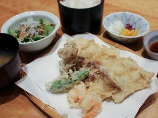 Тэмпура Осу Иваидори из курицы из префектуры Иватэ