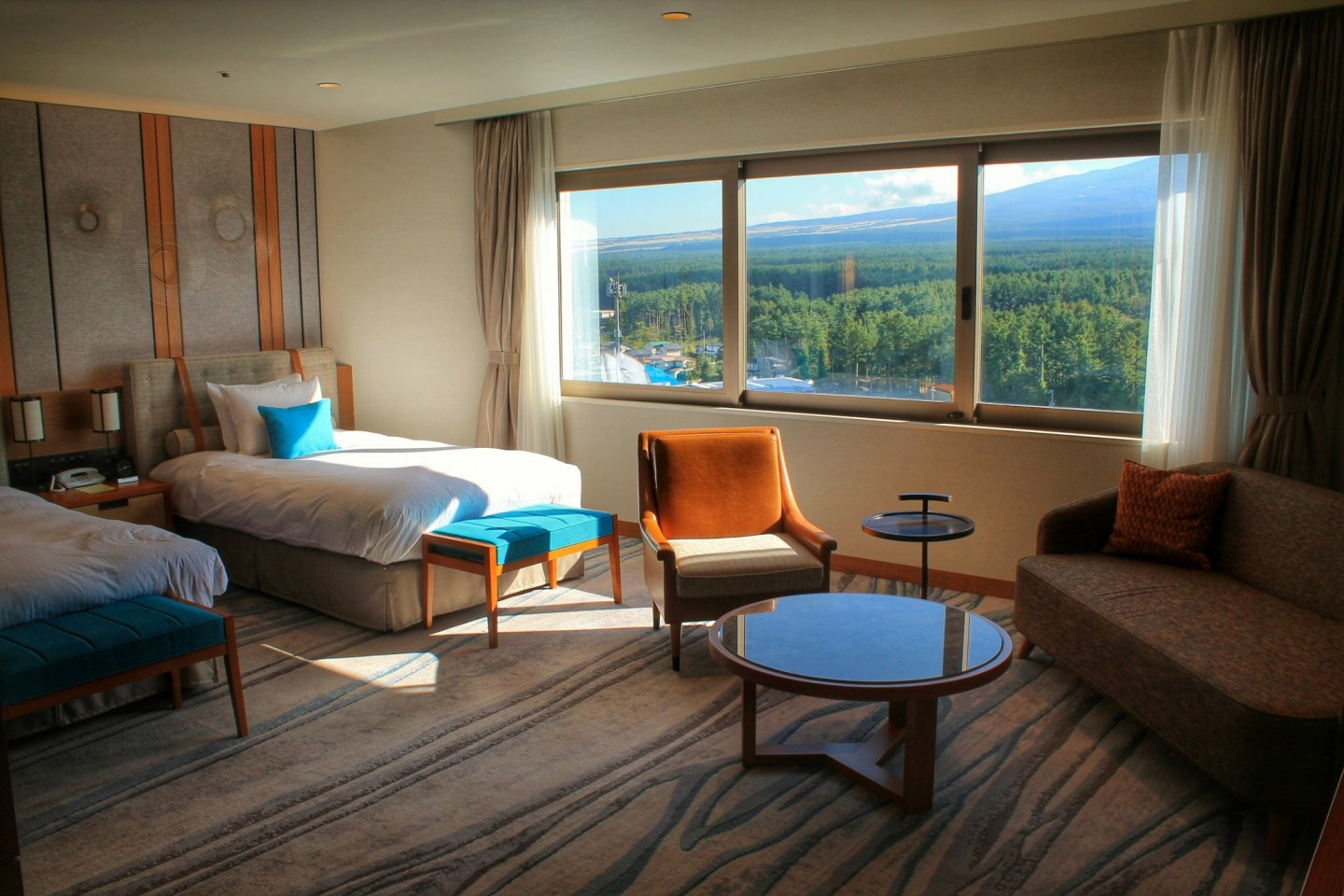 The interior of the Grand Executive Floor is designed to match the nature outside