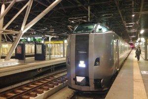 Kereta Super Kamui,kereta yang membawa saya dari New Chitose Airport di Sapporo.
