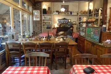 <p>The dining area can feel a bit crowded when all of the tables are full</p>