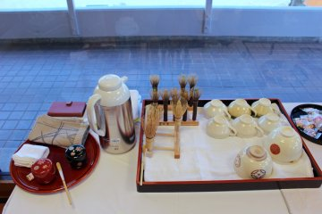 <p>The tools of the tea ceremony</p>