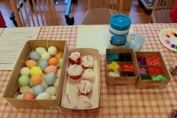 <p>The candles and wax squares to decorate them with</p>