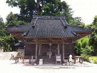 Gion-ji Temple hidden up a mountain in Kose Town, Takahashi