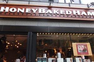 Honey Baked Ham Store, Tokyo