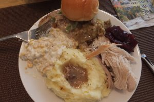 Thanksgiving dinner plate 2014