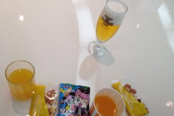 Tour finale - snacks, juice and (drum roll) beer.