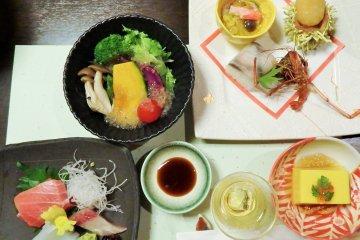 Makan di 'Mount View Hakone'