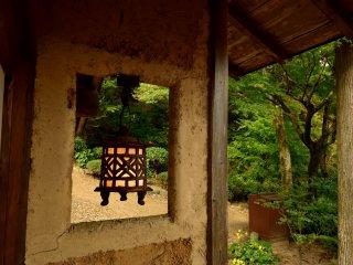 茶室の灯籠