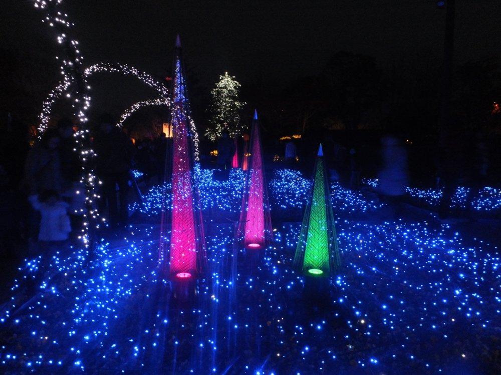 Những khu vườn rực sáng trong sắc màu xanh xanh