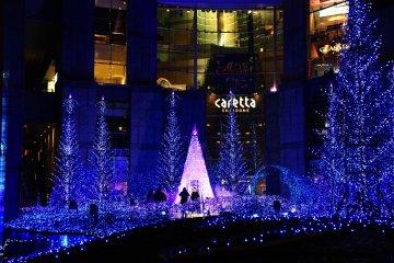 Caretta Shiodome Illumination 2015