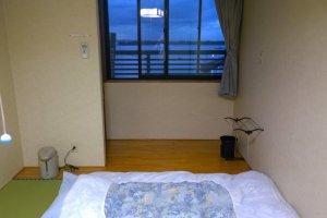 ห้องพักภายในมินชวูกุ เรียวกัง ซาซานามิ (Minsyuku Ryokan SAZANAMI)