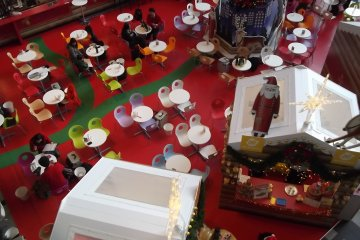 <p>There was a Christmas theme when I visited</p>