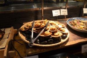 หอยเชลล์ย่างร้อนๆ