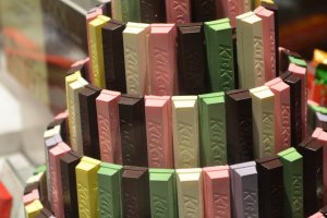 แท่งบาร์ช็อกโกแลตแต่ละรสของ KitKat