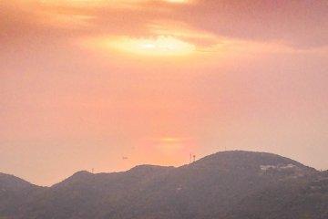 ภาพอาทิตย์ตกดินภาพแรก