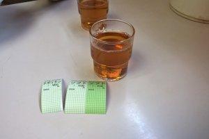 Du thé dans un verre