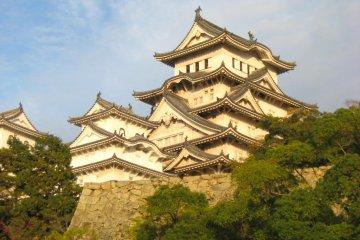 Exploring Himeji Castle