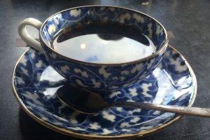 Một tách trà miễn phí sau bữa trưa