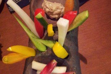 豐富多彩的蔬菜和特製調料