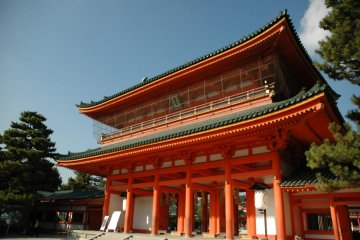 Heian Shrine is well loved by photographers and cultural historians alike
