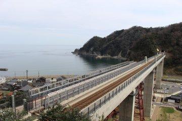 Sky Station at Amarube Station offers coastal views