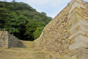A stairway from the San no Maru to the Ni no Maru