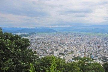 Downtown Tottori from the summit of Kumatsuyama