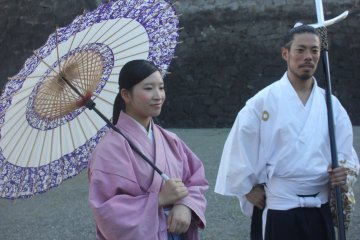 Konnichiwa! Warm greetings for everyone who comes in to Kumamoto Castle