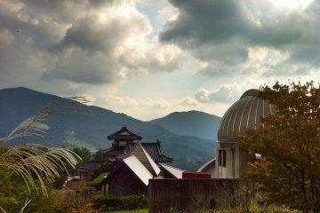 The observatory and planetarium at the Kuma Kogen Furusato Ryokō Mura