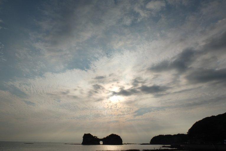 Hoàng hôn rực rỡ trên đảo Engetsu