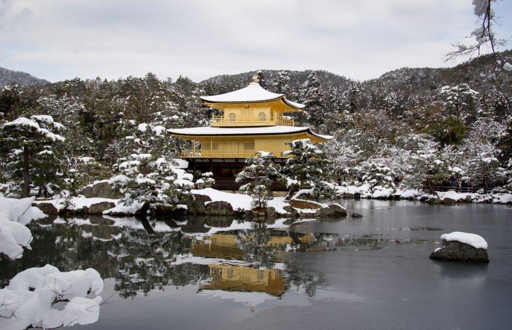 Le Kinkaku-ji sous la neige est un incontournable